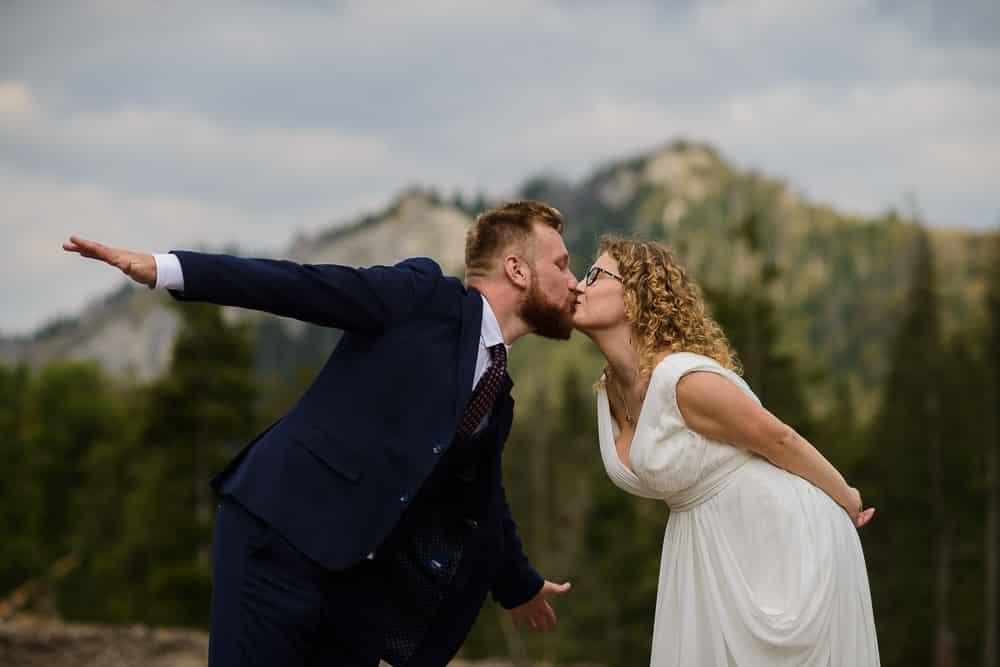 góry, pocałunek, para