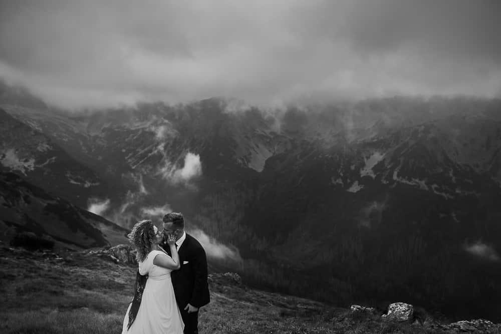 góry, chmury, para młoda
